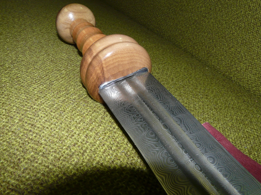 damascus roman sword